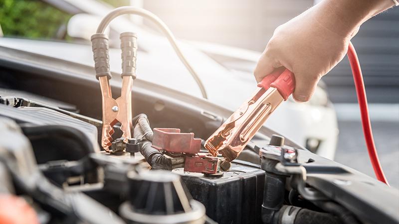 Lemerült az akkumulátor? A bikázás jó megoldás lehet, de nem minden esetben!
